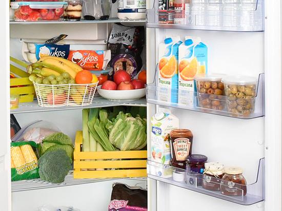 Учителей обязали рыться в холодильниках учеников