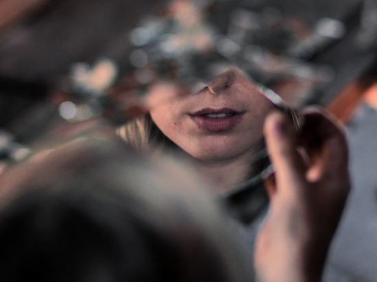 Ученые раскрыли тайну: кого видел в зеркале Билли Миллиган
