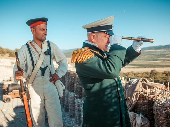 Наглядная история в сражениях: фестиваль в Севастополе