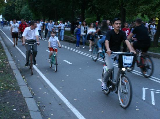 В Москве велосипеды атакуют пешеходов: как избежать трагедий