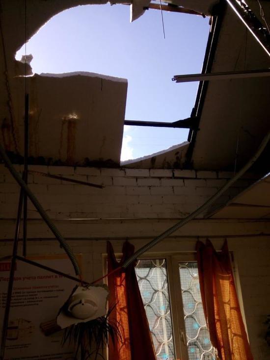 В московском супермаркете с потолка свалилось тело рабочего
