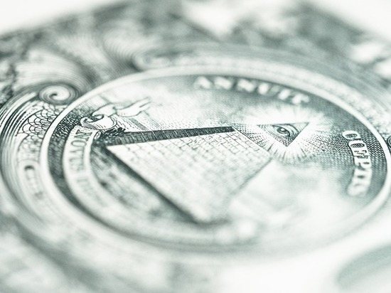 Аналитики предрекли крах мирового диктата доллара
