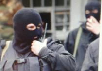 Группа силовиков два года занималась грабежами и разбоями