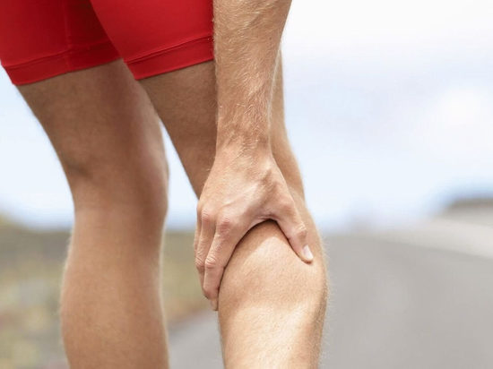 Почему немеют икры ног