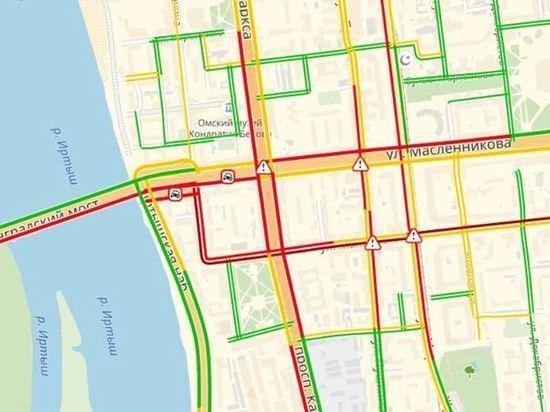 Во время инаугурации губернатора в Омске отключились светофоры