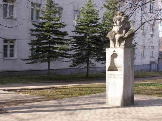 Яндекс назвал главные псковские памятники: Мусоргский, партизаны и десантники