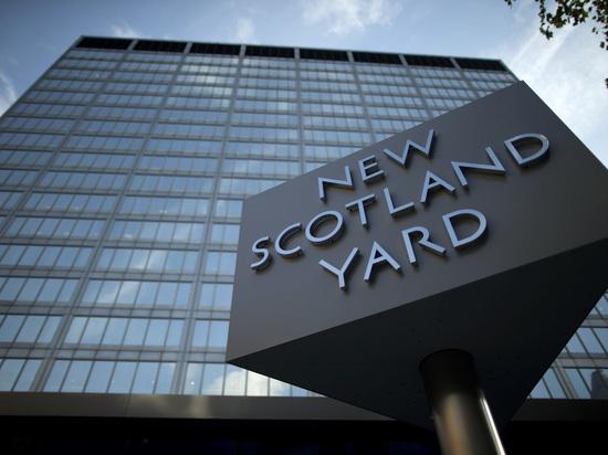 """СМИ: по """"делу Скрипалей"""" разыскивают еще двух подозреваемых"""