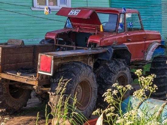 Житель Архангельской области создал шестиколёсный внедорожник на основе инвалидки