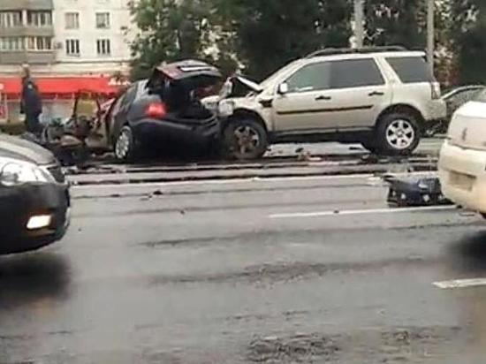 В Москве после массового ДТП госпитализировали четырёх человек