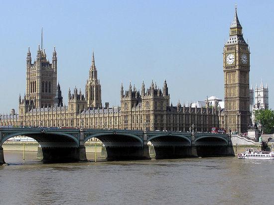 Лондон отложил антироссийские санкции по