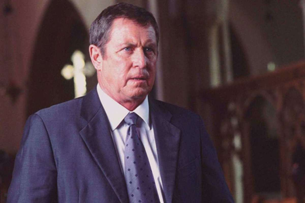 "La estrella de ""Purely English Murder"" Dudley Sutton murió"