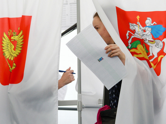 После подсчета 99,03% бюллетеней кандидат от ЕР неожиданно вырвался вперед