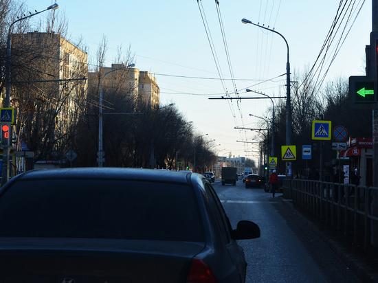В Астрахани под колесами автомобиля погиб пешеход