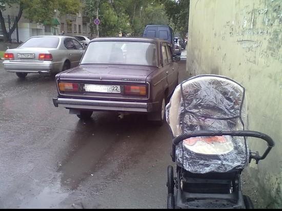 Матери жалуются на «полосу препятствий» по пути в детсад в Барнауле