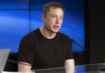 Американский предприниматель Илон Маск назвал имя первого человека, который полетит на Луну как турист и отметил, что может и сам поучаствовать в этом путешествии