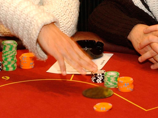 Покер на гробах: игровой салон располагался в похоронной конторе