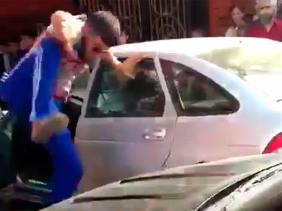 Суровая чеченская свадьба со стрельбой попала на видео