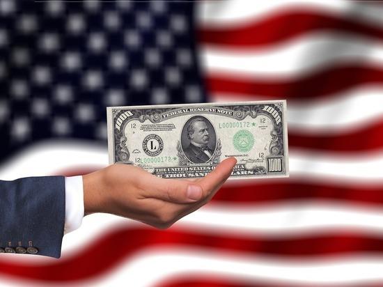 Поддержку Минфином отказа от доллара расшифровали экономисты