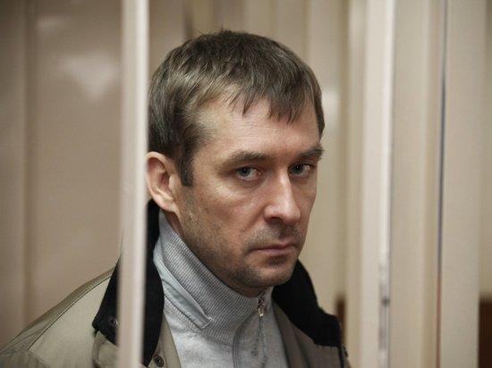 Полковник-миллиардер Захарченко унюхал тухлую рыбу