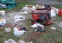 Выпивают и не строят: площадка в Губернаторском парке Петрозаводска настораживает