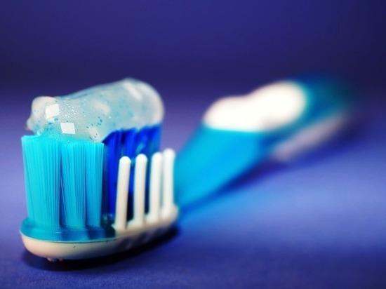 Роскачество дало советы по выбору зубной щетки