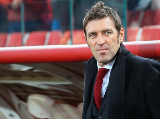 Тренер «Спартака» объяснил, почему не взял Глушакова и Ещенко