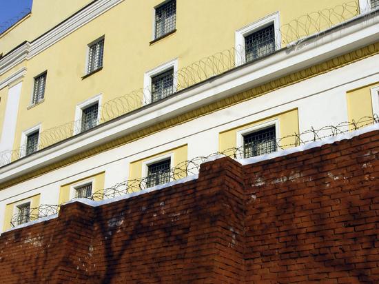 Кто украл видео издевательств над заключенным Макаровым: «плохо хранили»