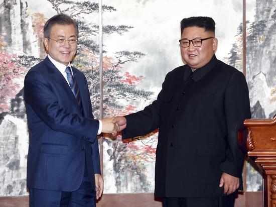 В Пхеньяне проходит саммит лидеров Северной и Южной Кореи