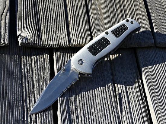 Петрозаводск взбудоражили слухи о маньяке, убивающем девушек ножом в горло