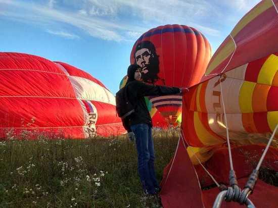 Жители Кавминвод всю неделю наблюдают воздушные шары в небе