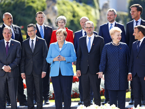 Опрос: немцы считают главной гордостью страны Ангелу Меркель