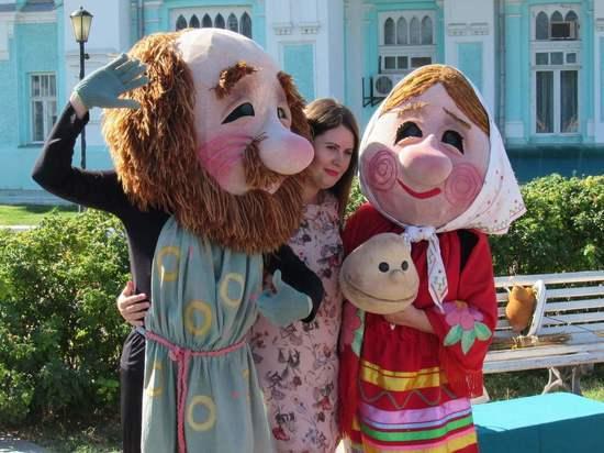 В Астрахани открылся Международный фестиваль театров кукол