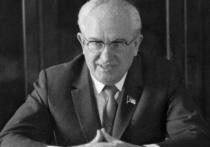 Почему комсомольские чиновники обиделись на председателя КГБ