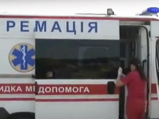 Во Львове националисты порезали ножами и забили молотками девушек-общественниц