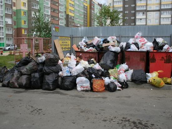 Продолжение «мусорной» истории: в Челябинске объявлен режим повышенной опасности