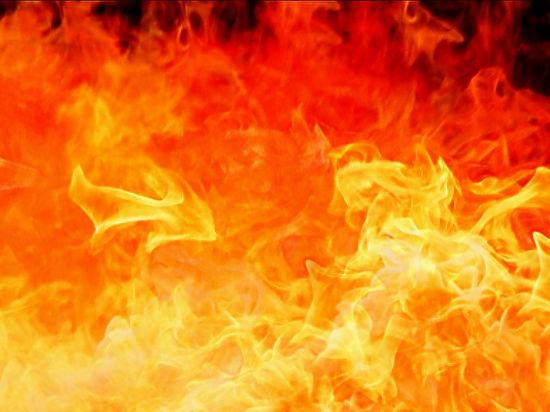 При пожаре в многоэтажке Саратова пострадали 15 человек