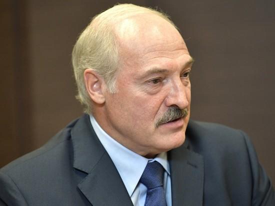 Лукашенко отдал экстренный приказ об укреплении границы с Украиной