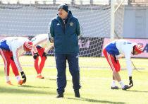 Черчесов занял девятое место в голосовании на лучшего тренера ФИФА