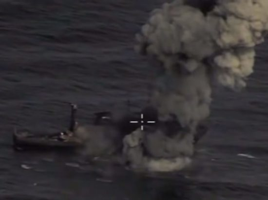 Минобороны показало видео ударов новейших ракет Х-35У по кораблям