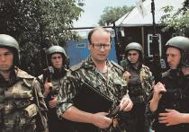 Искалеченный в Чечне генерал-полковник Анатолий Романов продолжает бороться за жизнь