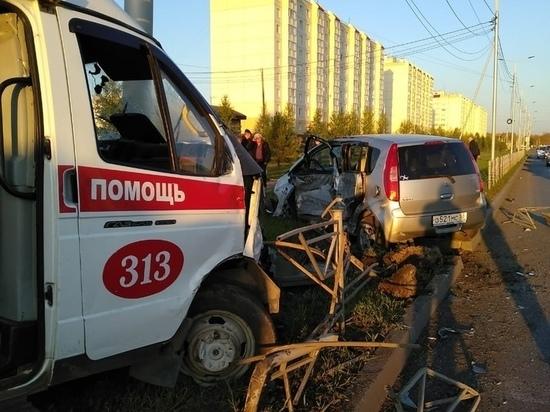 ДТП в Омске: девушка на иномарке не пропустила скорую с маячками