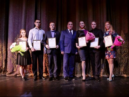 Барнаульцев ожидает колоссальное шоу нафестивале имени Золотухина