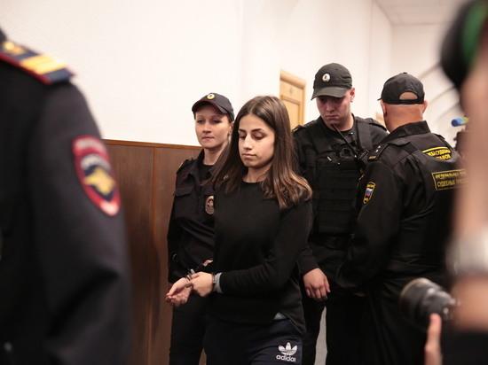 Адвокаты сестер Хачатурян настаивают на переквалификации дела: необходимая самооборона