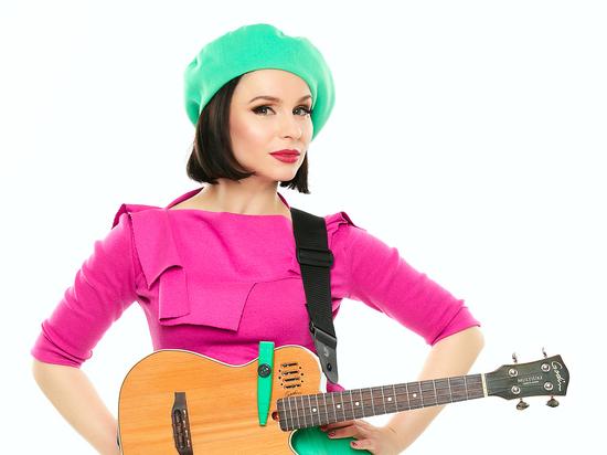 Певица рассказала «МК» о новом альбоме и «тихом» концерте