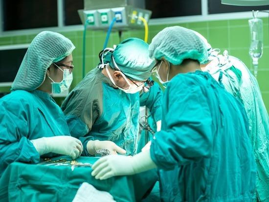 В Америке изобретен «золотой» аналог хирургических швов