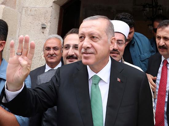 Эрдоган обвинил США в нарушении принципов партнерства