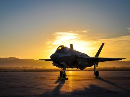 США «обкатают» в Афганистане новейшие истребители-бомбардировщики