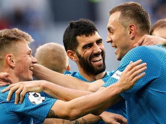 ФК «Зенит» разгромил астраханский «Волгарь»