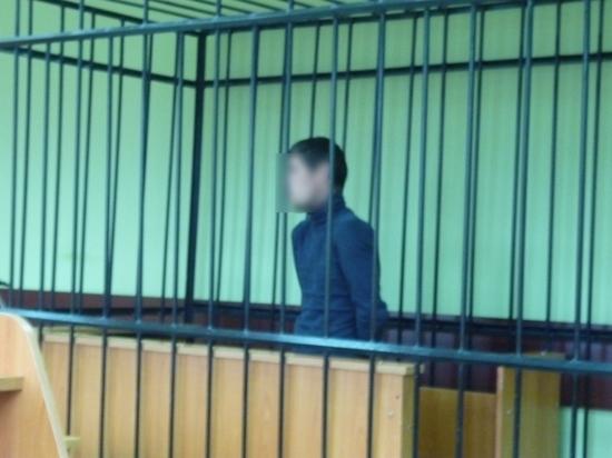 Мужчину, который угрожал пистолетом 7-летней девочке, арестовали