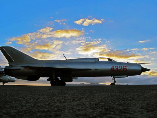 Hindu: Индия подарит Путину три самолета МиГ-21